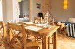 Rustikálný stol a stoličky